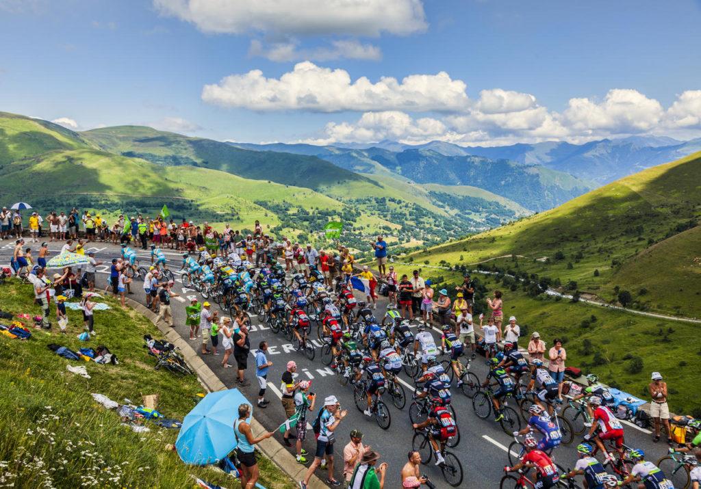 Cours cycliste Le tour de France à vélo