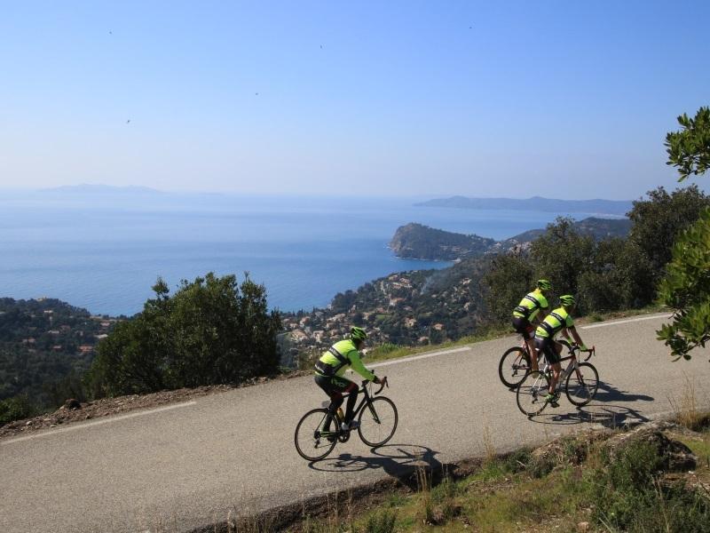 route des alpes maritimes à vélo