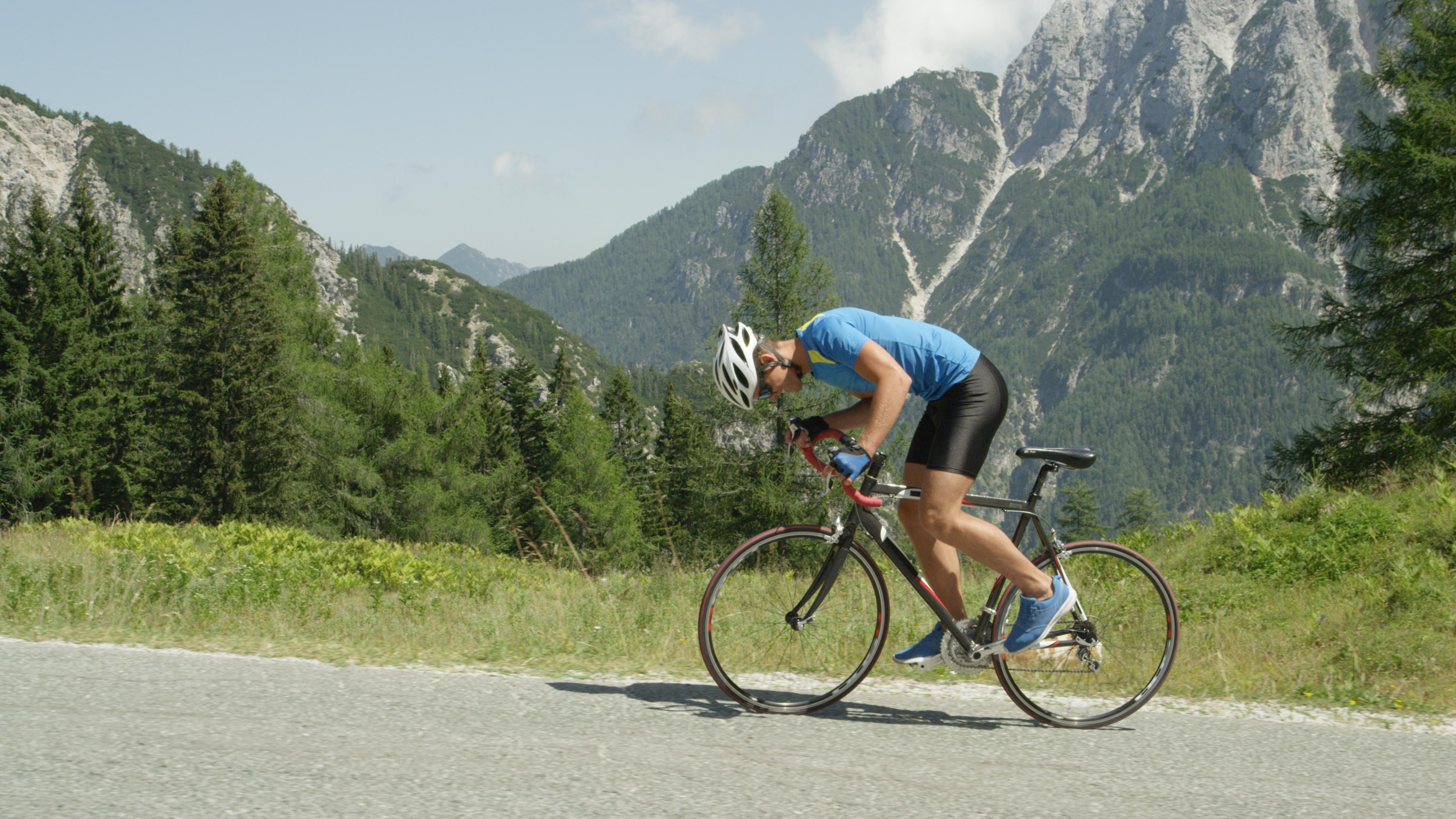 Comment grimper un col comme un vrai cycliste?