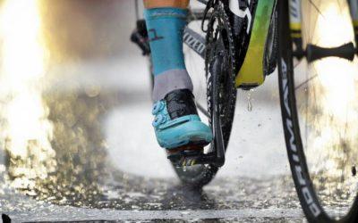 Rouler sous la pluie : comment éviter le pire ?